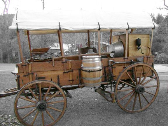 Google Image Result for http://www.oxbowwagonsandcoaches.com/highslide/images/large/horse-drawn-chuck-wagon.jpg