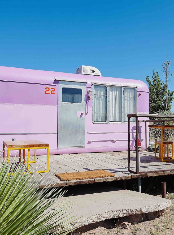 A Cool Girl's Guide To Marfa, Texas+#refinery29