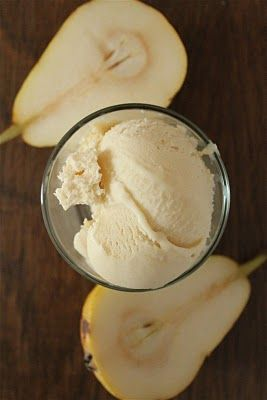 i'm becoming obsessed with homemade ice cream recipes - caramelized pear