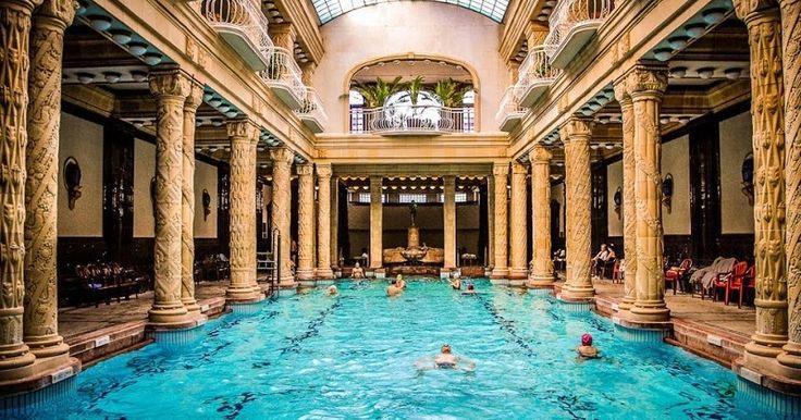 Banhos termais Géllert | Hungria #Budapeste #Hungria #europa #viagem
