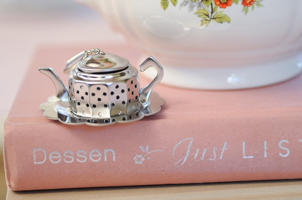 teapot diffuser: Tea Party, Tea Time, Carolyn S Tea, Tea Pot, Sarah Dessen, Wedding, Books Worth, Teapot Diffuser A