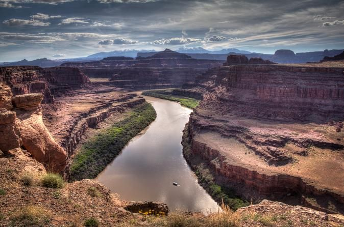 Moab Combo: Colorado River Rafting and Canyonlands National Park