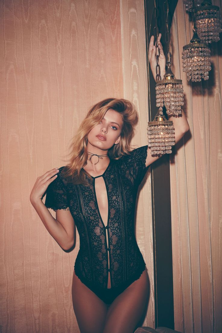 DARLING OF MYSTERY | For Love & Lemons Holiday '16 SKIVVIES Collection