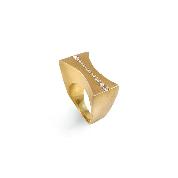 Anel Expansão em ouro amarelo 18k e diamantes.