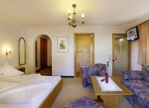 Komfortzimmer mit Vorraum für 2 bis 3 Personen