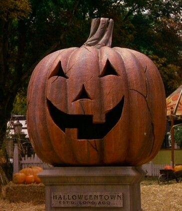 Best 25 Halloween Town Ideas On Pinterest Halloweentown