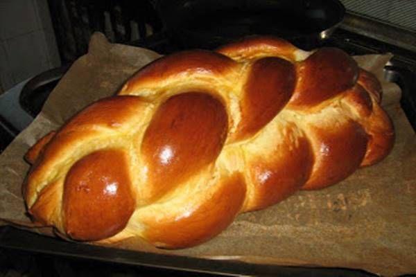 Így készíts mennyei, egész Húsvét alatt friss foszlós kalácsot! Nagyon egyszerű és olcsó is!