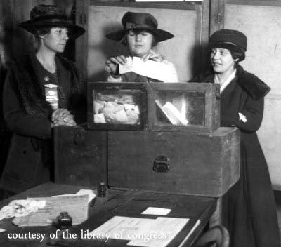How amazing is this old picture from the elections in the 1900's #TBT @ThegibsonHall