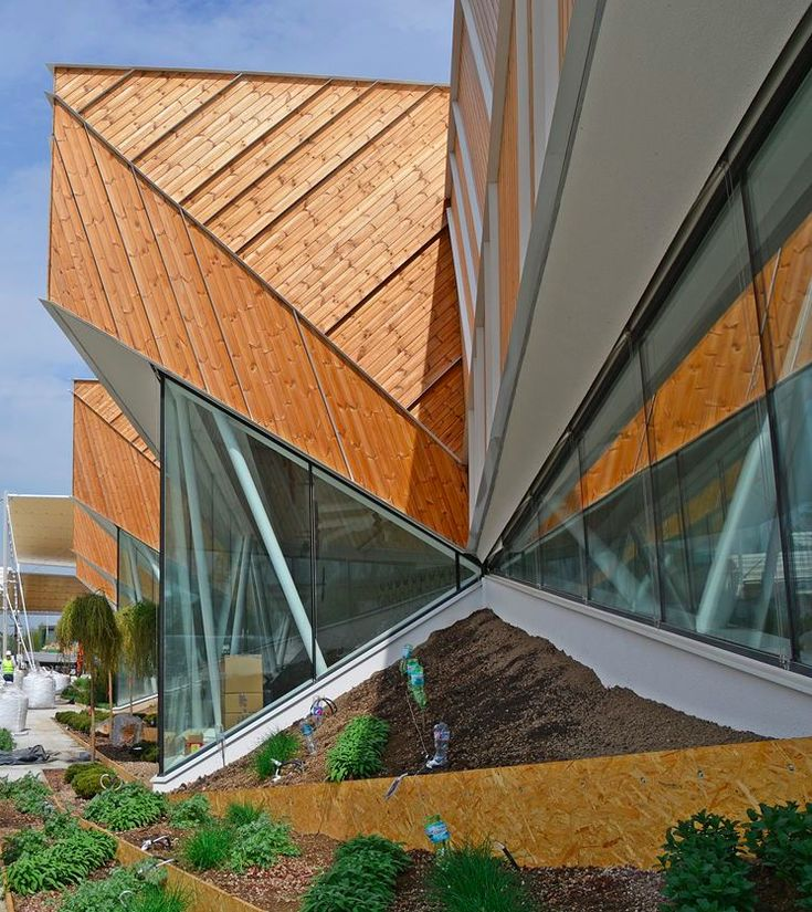 Slovenia Pavilion presents ''cascading facade'' with the integration of landscape at Expo Milano 2015