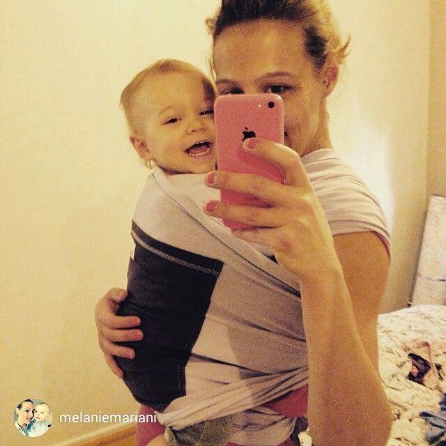 On ne peux pas dire qu'elle n'aime pas❤qjfgGt️ #jpmbb #jeportemonbebe #portagephysio #Portage #BabyWearing #babyWrap #portebebe #echarpedeportage #originale
