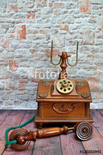 Riproduzione telefono antico in legno