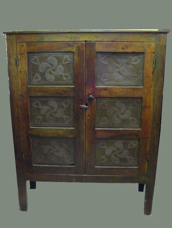 how to get the best price for antique furniture