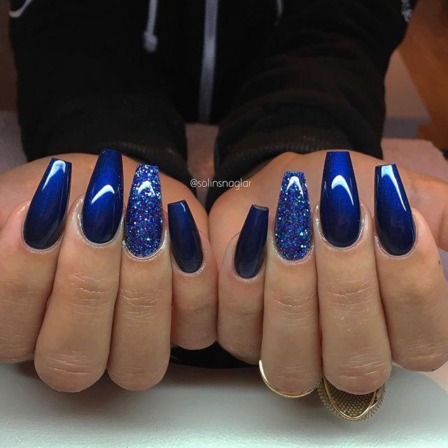 """""""Midnight Blue"""" med blått glitter"""