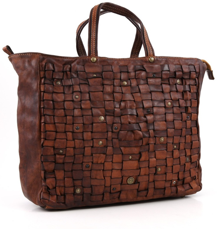 everything will be more confortable with Campomaggi shopping bag!