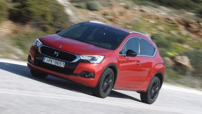 DS 4 Crossback 1.6 BlueHDI 120 EAT6 by drive.gr