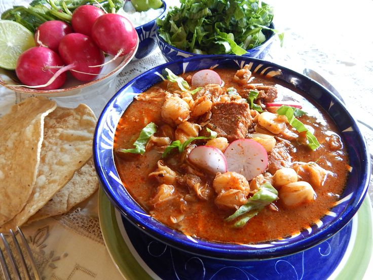 Red Pozole - Pozole Rojo. Red Pozole with Pork. Hominy corn, chiles and pork in perfect proportions create this traditional Mexican dish, mastered by Jauja Cocina Mexicana. Tips, ingredients and step-by-step directions for this classic of Mexican cuisine. Buen provecho! Thanks for subscribing https://www.youtube.com/user/JaujaCocinaMexicana Facebook https://www.facebook.com/JaujaCocinaMexicana Twitter https://twitter.com/JaujaCocinaMex