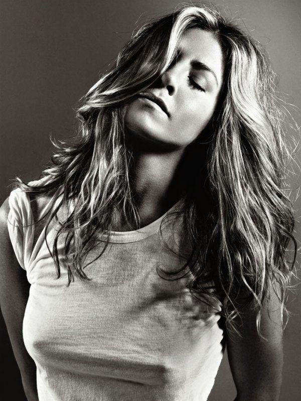 Jennifer Aniston (Born: Jennifer Joanna Aniston - February 11, 1969 - Los Angeles, CA, USA) as Rachel Green