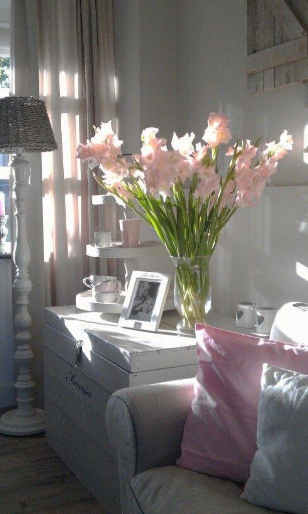 mooi sfeerhoekje in roze wit en grijs tinten