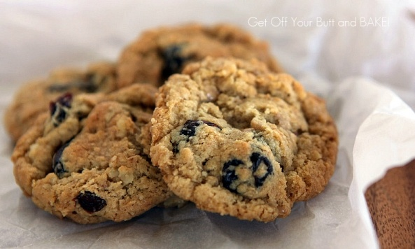 Oatmeal cookies with toffee, nuts and dried cherries