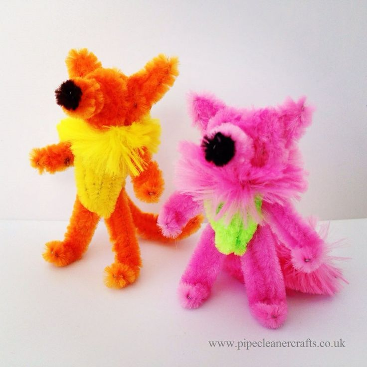 pipe cleaner fox. pipe cleaner animals. tutorial available.