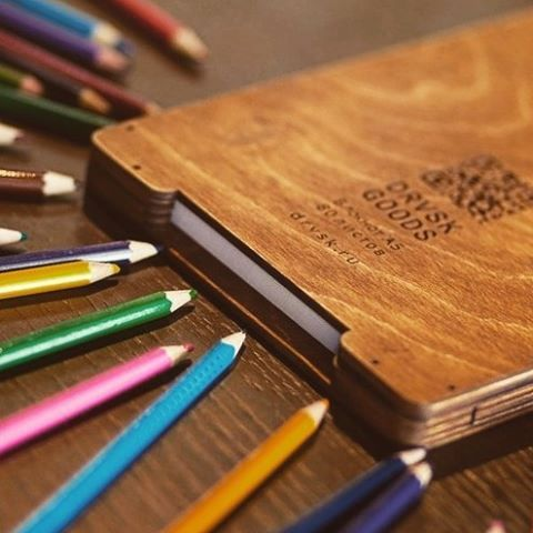 Skethbook in wooden case by DRVSK goods.  Inspiration to you!  #DRVSKgoods #wood #notebook #notebooks #wooden #sketchbook #sketchbooks#drawing #gift #gifts #giftbox #scetch #scetching #journal
