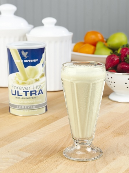Opt for this vanilla shake when craving some sweets, so much better for a low-carb lifestyle!