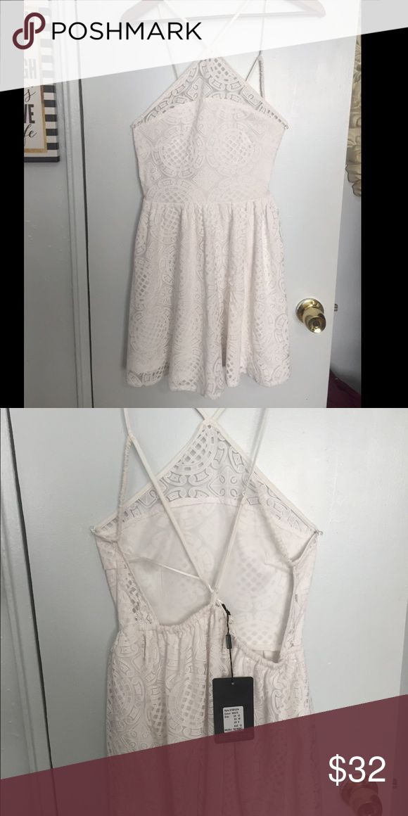 White Backless Misguided Dress. Beautiful Backless Dress never worn. misguided Dresses Mini