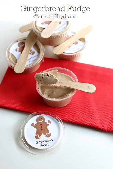Gingerbread Fudge @createdbydiane with printable for gift giving in 2 oz containers