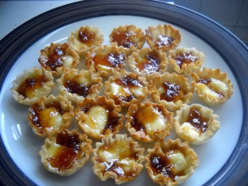 Brie and Jam Filo tarts | Appetizers/ Hors d'oeuvres recipes | Pinter ...