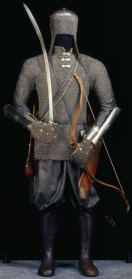 Ottoman armor, zirah kulah (mail coif), zirah (mail shirt), kolluk/bazu band (vambrace/arm guards), shamshir (sabre), Dresden State Art Collections.