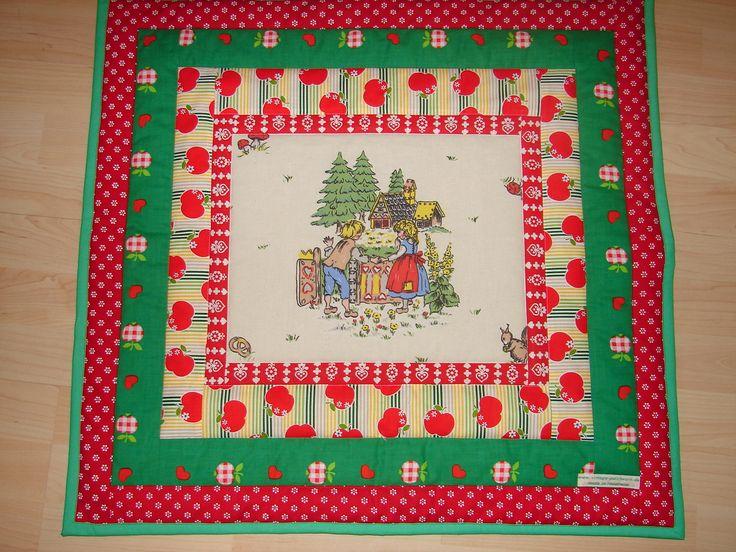 """Quilt for kids,  """"Hänsel und Gretel"""" vintage fabrics"""