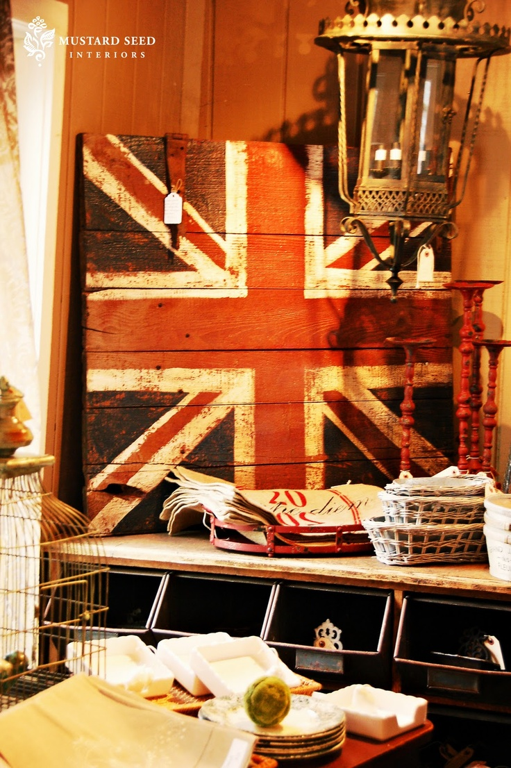 Union JackDressers Makeovers, Pallets Flags, Miss Mustard Seeds, Barns Doors, Jack O'Connel, Antiques Doors, Old Pallets, Chest Of Drawers, Union Jack