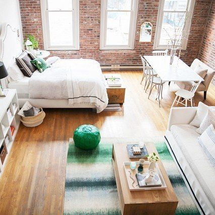 Small loft with exposed brick of Cassandra Lavalle @coco.kelley #interior #loft…