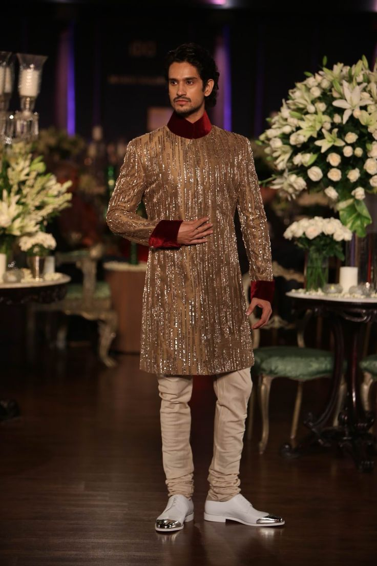 Manish Malhotra Latest Collections of Indian Top Designer Men Sherwani Designs for Weddings & Parties 2015  (2)