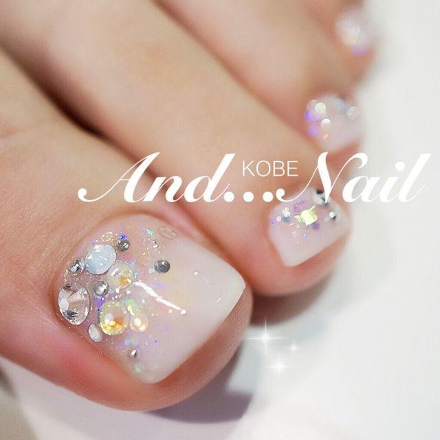 Nude-Rhinestone Toe Nail art Nail Design, Nail Art, Nail Salon, Irvine, Newport Beach
