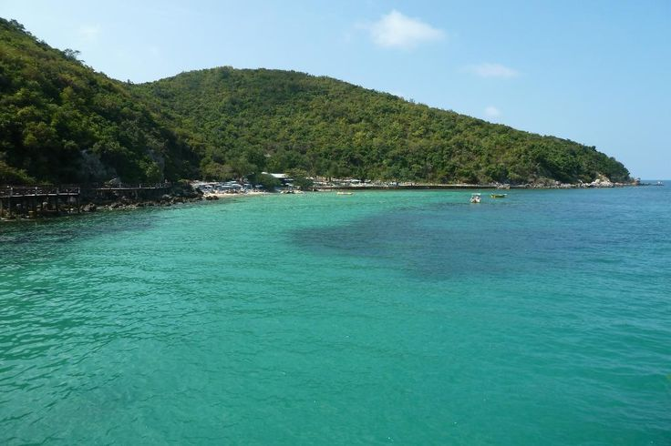 **Koh Lan (Coral Island) (can be reached by speedboat or ferry) - Pattaya, Thailand