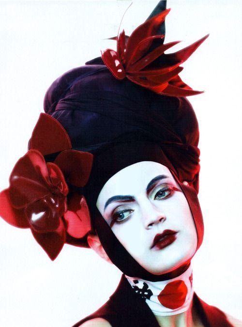 "Guinevere Van Seenus in ""Neo Geisha"" © Paolo Roversi for Vogue UK June 2011"