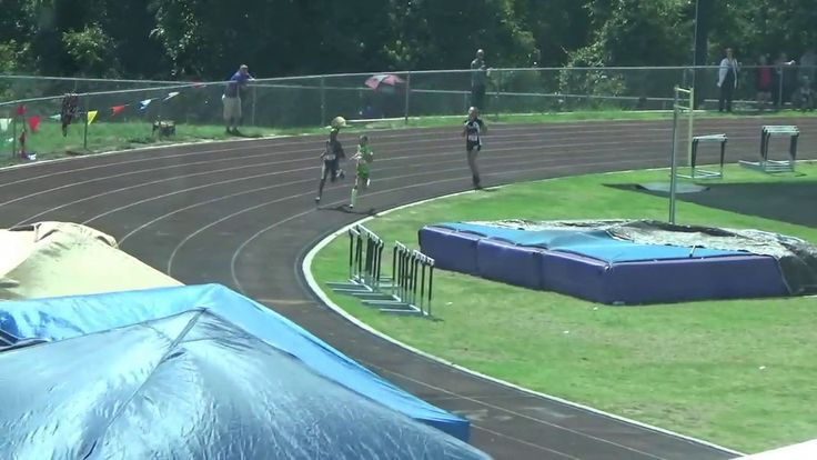 Kick Of The Week: 13-Year-Old Beats 14-Year-Old In AAU 1500m https://youtu.be/_zGhzzzY3Dw
