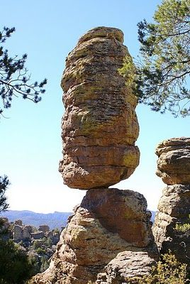 Pinnacle Balanced Rock (New Mexico), USA
