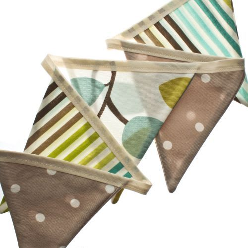 Gorgeous bunting would look lovely in a conservatory or garden.
