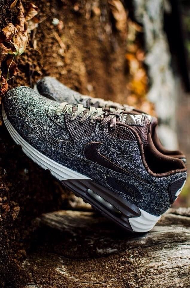 Nike Air Max 90 Lunar 'Suit and Tie'.