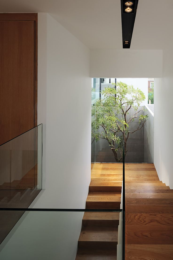 Galeria De YAK01 Ayutt And Associates Design