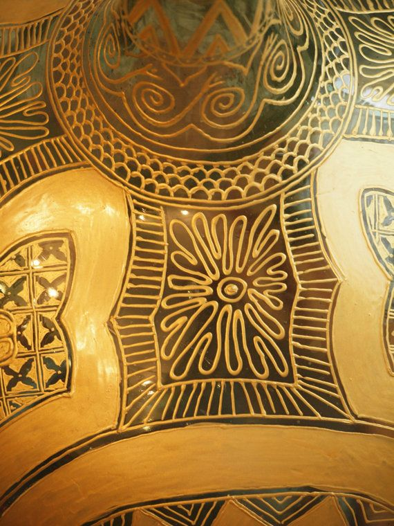 A more oriental design on a 20 litres demijohn...  (by Viola Redecker, ViReDesign)