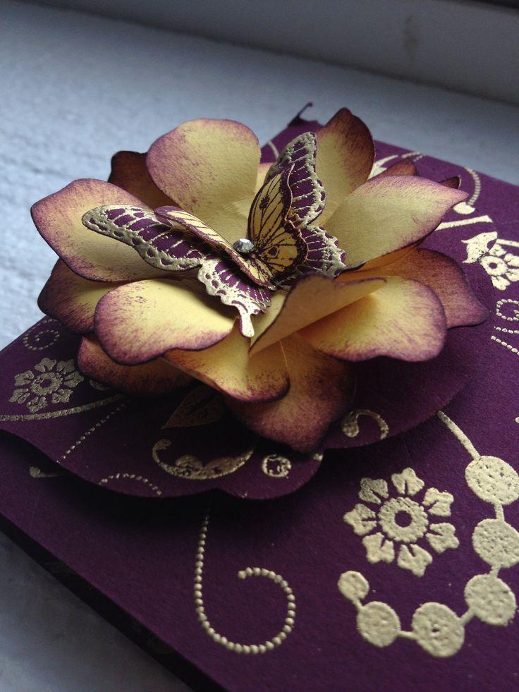 Ein Blütentraum mit Schmetterling #stampinup #Schmetterling #Stanze #Blüte #Karte #basteln #stempeln