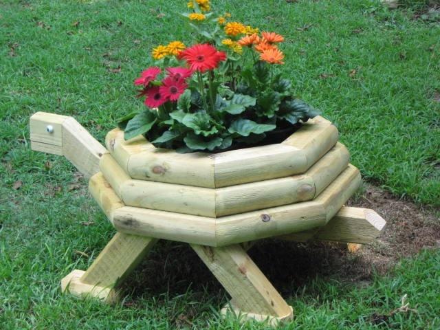 Free landscape timber turtle planter plans beatiful for Landscape timber projects free plans