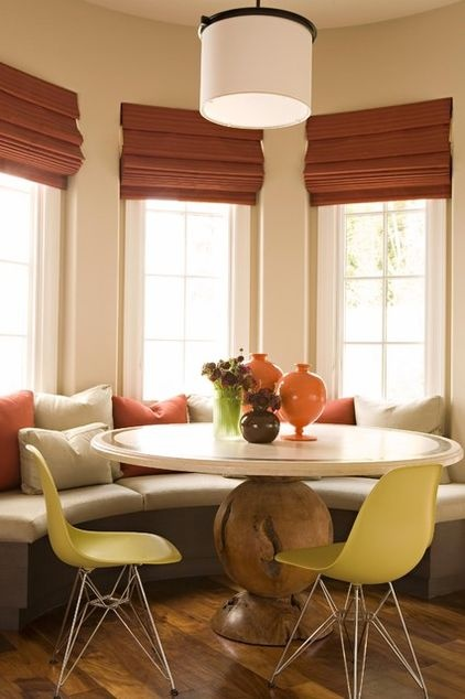 Bay Window Breakfast Nook With Bench Seating And Chairs
