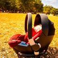 Ovetto Cybex Aton2. Indicato per bambini max 12kg (0-12 mesi). Buone condizioni. Colore: rosso. Prezzo