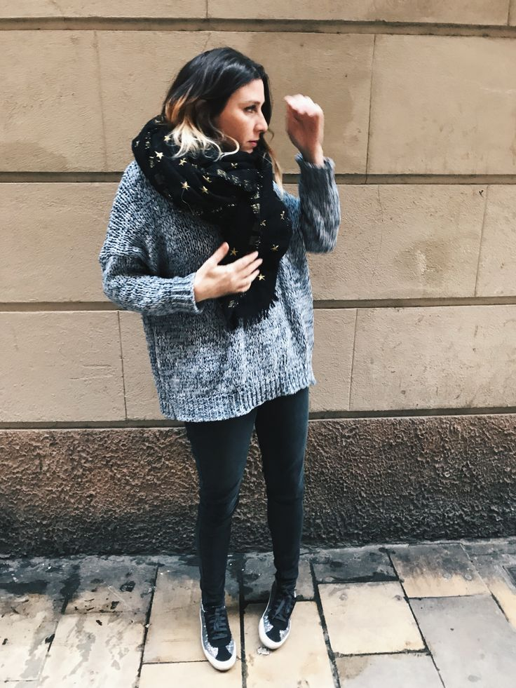 Knit lovers by Morgane : Zara scarf + Friday Project knitted jumper + Levi's denim + Bimba y Lola sneakers <3  Streetstyle, casual outfit, winter outfit, winter look, how to dress in winter, estilo casual, idée de tenue, ideas de looks, tenues d'automne, tenues d'hiver, looks de invierno, fall winter trend 2017 2018, tendencias otoño invierno 2017 2018, tendance automne hiver 2017 2018