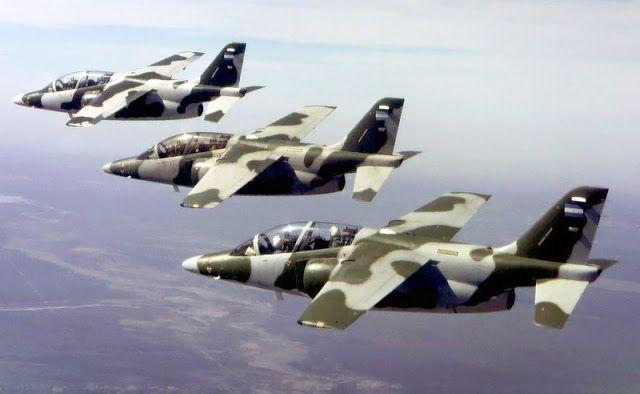 aviones de entrenamiento avanzado IA-63 Pampa III