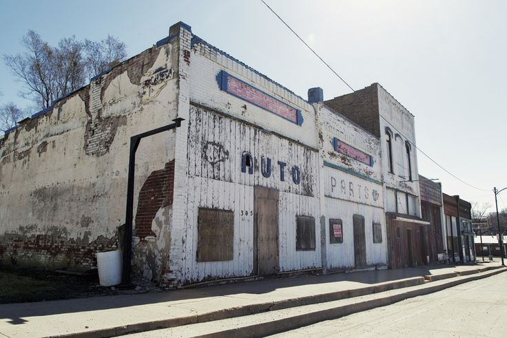 "What Cheer, Iowa Population: 646 ""Robert Forsyth,... at Forgotten Iowa"